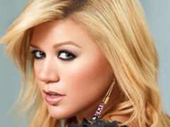 See Kelly Clarkson's Adorable Baby Girl River Rose @ARTISTdirect