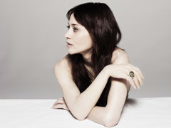 """Fiona Apple Records Opening Credits Theme Song for Showtime's """"The Affair"""" @ARTISTdirect"""